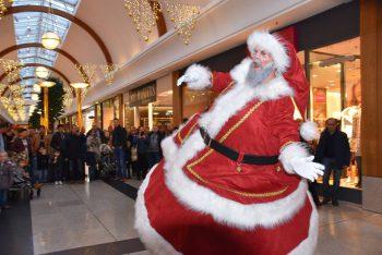 Rolling Santa